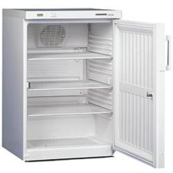 Lab / pharmaceutical refrigerators and freezers