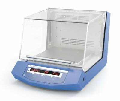 KS 3000 ic control, inkubátor s chlazením a orbitální třepačkou
