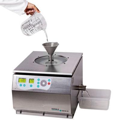 Filtrační centrifuga Sieva-3