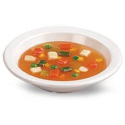 Zeleninová polévka v misce