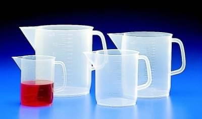 Measuring cup with spout low 3 000 ml, transparent