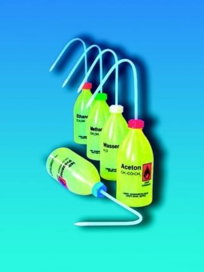Střička bezpečnostní úzkohrdlá, LDPE, s potiskem, destil. voda, 500 ml