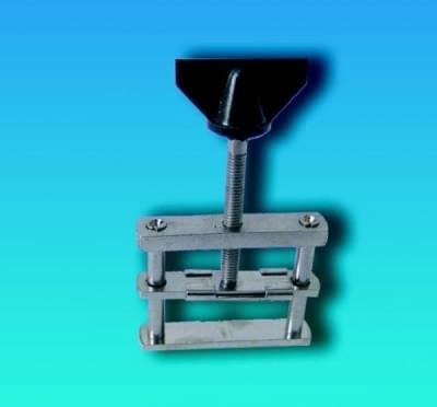 Tlačka hadicová Hofmanova se závitem, pro průměry hadic do 21 mm - pro pr. 21 mm