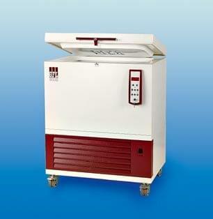 GFL 6382 - Chest deep freezer