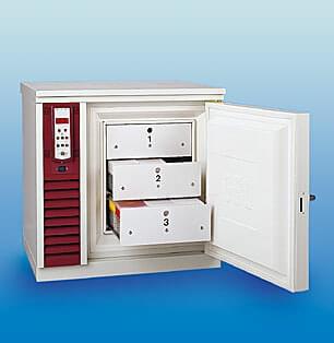 GFL 6481 - Upright deep freezer