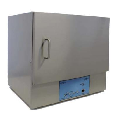 LZC-4 - fotoreaktor konfigurován se 14 lampami